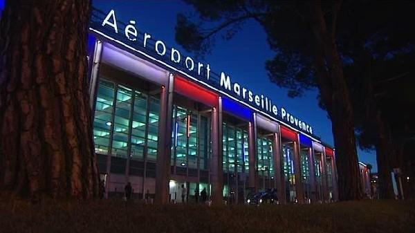 A&eacute;roport de Marseille et la gare TGV Aix en Provence<br />  ou nous travaillons beaucoup avec les clients .